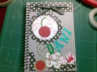 Como customizar cadernos de forma criativa 09