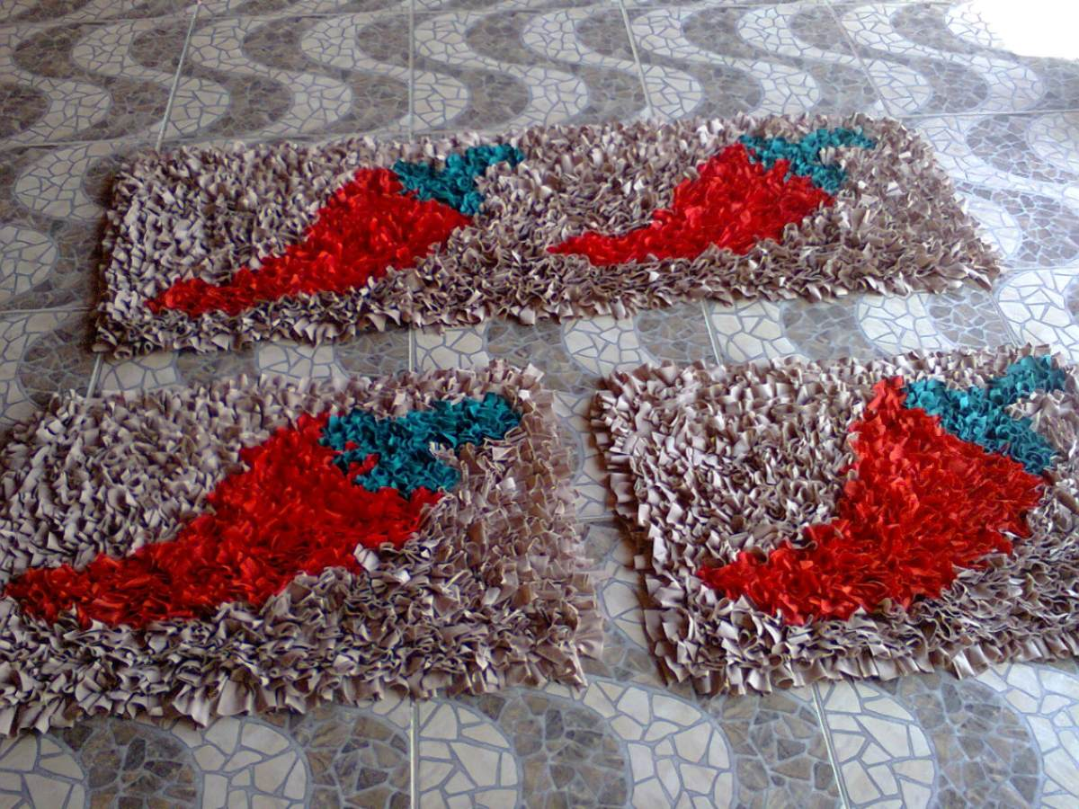 Aparador Colonial Blanco ~ Como fazer tapete de retalhos