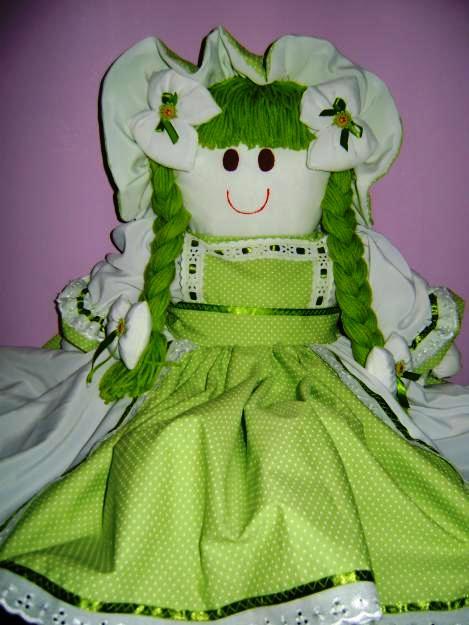 Como fazer boneca de pano 10