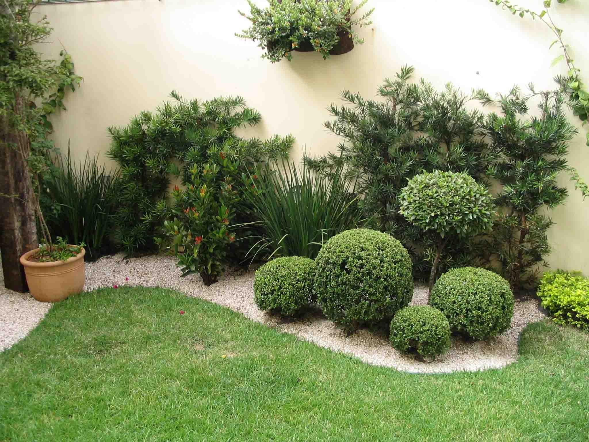 Modelos de jardins decorados com pedras