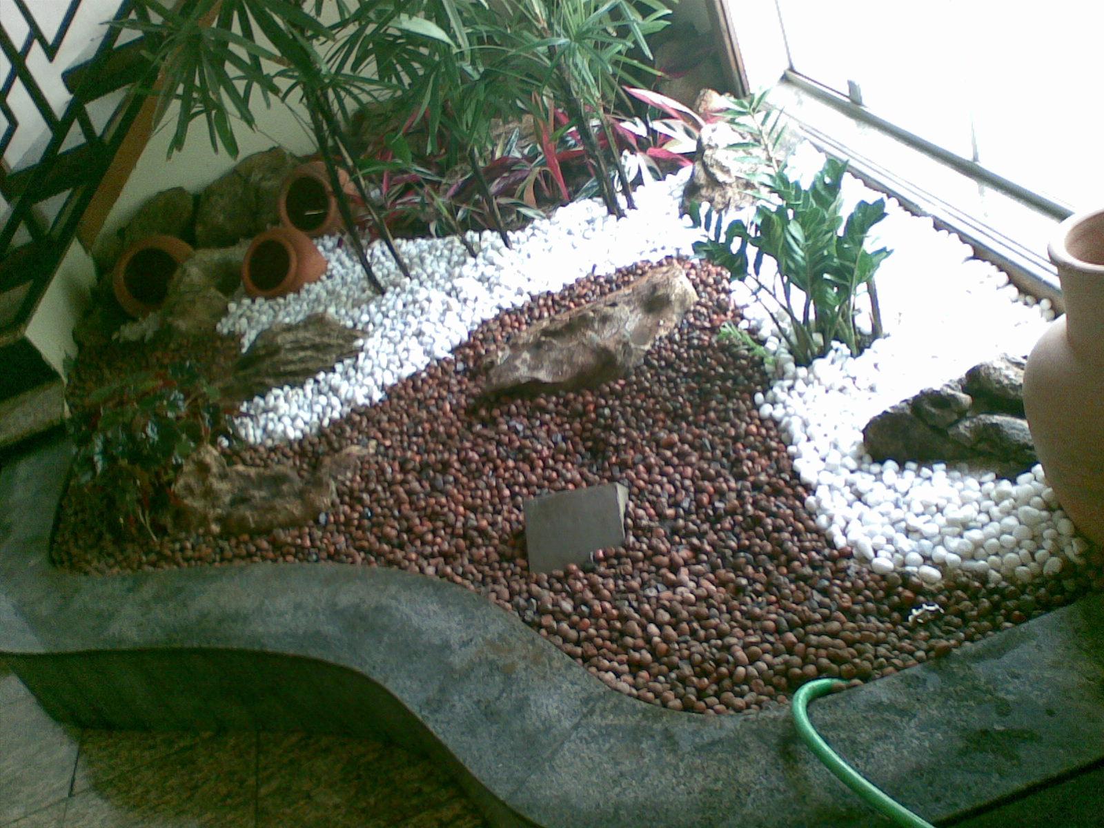 pedras jardins pequenos : pedras jardins pequenos:Jardim De Inverno Embaixo Da Escada
