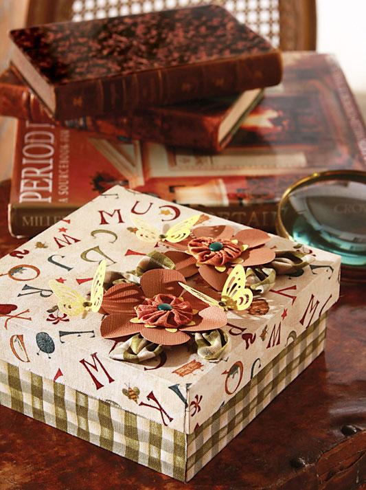 Caixa de presente forrada com tecido 15