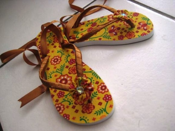 Chinelas customizados 006