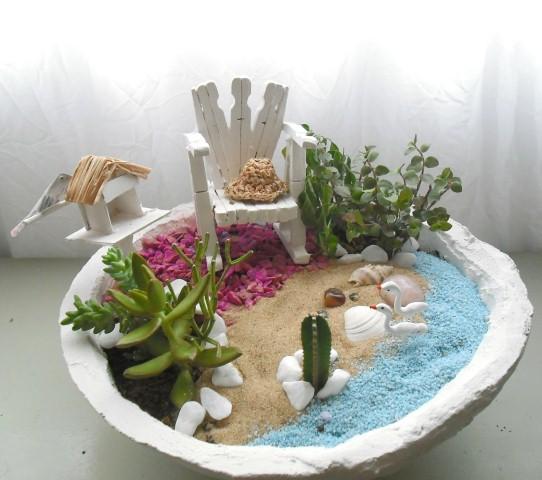 mini jardim em garrafas:Como fazer um mini jardim decorativo