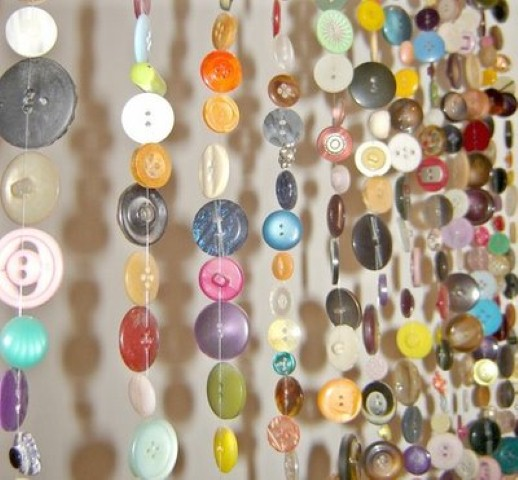 Cortina artesanal de material reciclado 008