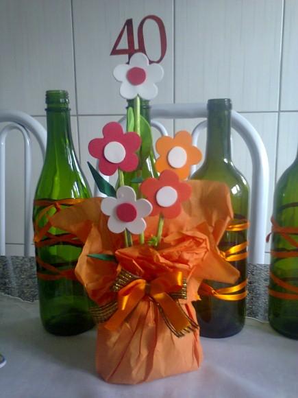 Enfeites de mesa com garrafa de vidro 011