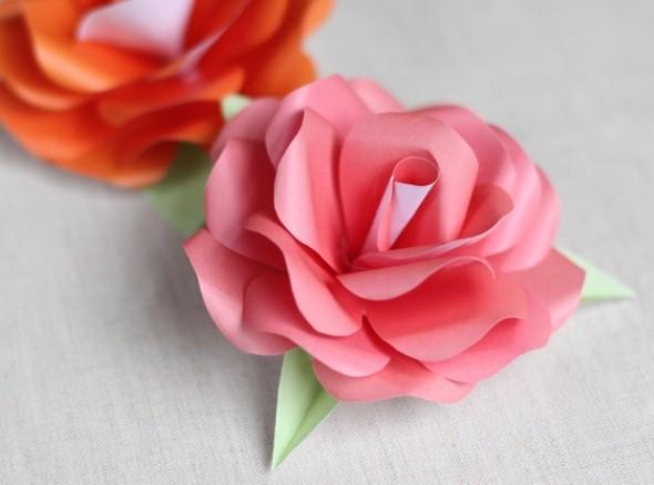 Como fazer flor de papel para decoração 010