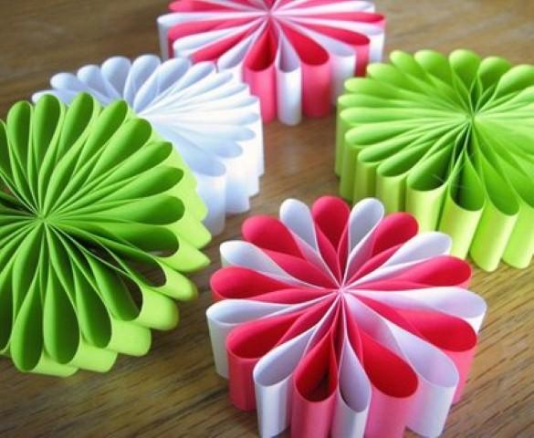Como fazer flor de papel para decoração 03