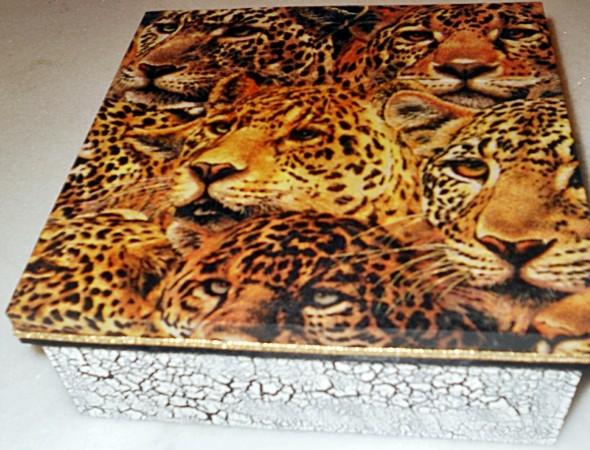 Caixa de MDF decorada com decoupage 012