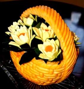 Esculturas em frutas para enfeitar sua mesa de natal 001