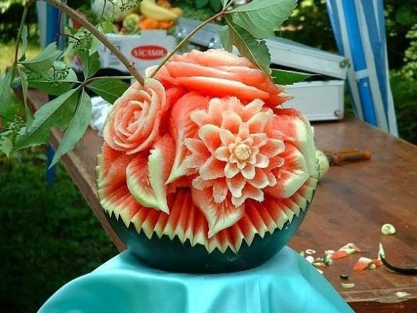 Esculturas em frutas para enfeitar sua mesa de natal 008