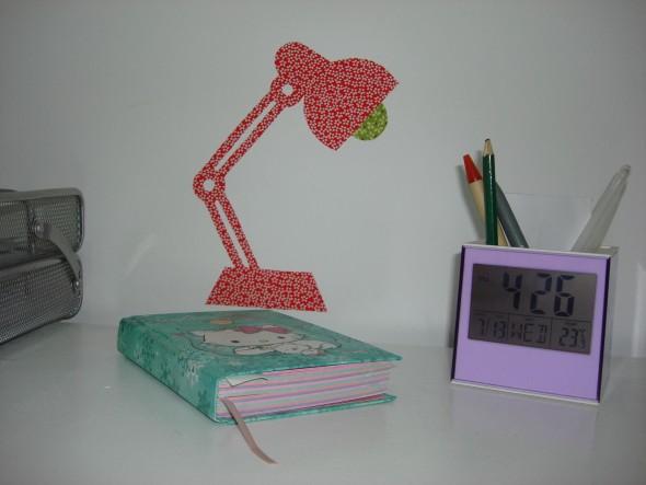 Adesivo de parede com sobras de tecido 005
