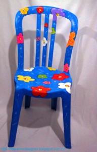 Personalizar cadeiras de plástico antigas 001