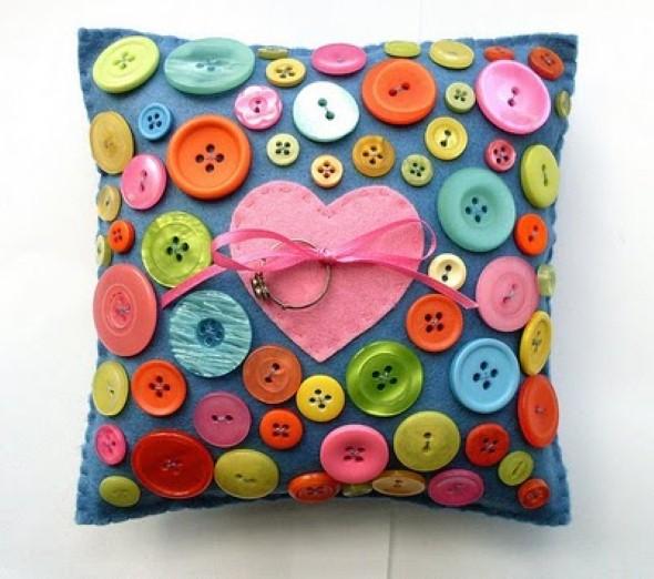 Artesanato com botões 012