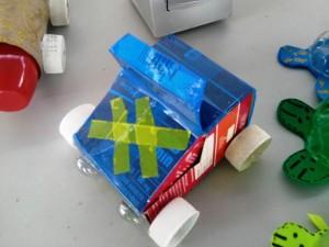 Carrinhos de caixa de leite 001