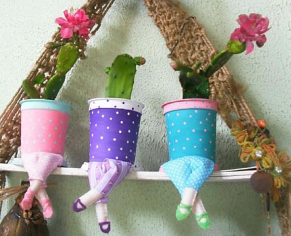 Objetos artesanais na varanda 006