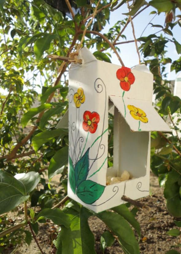 Objetos artesanais na varanda 009