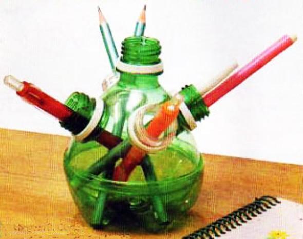 Porta canetas de material reciclado