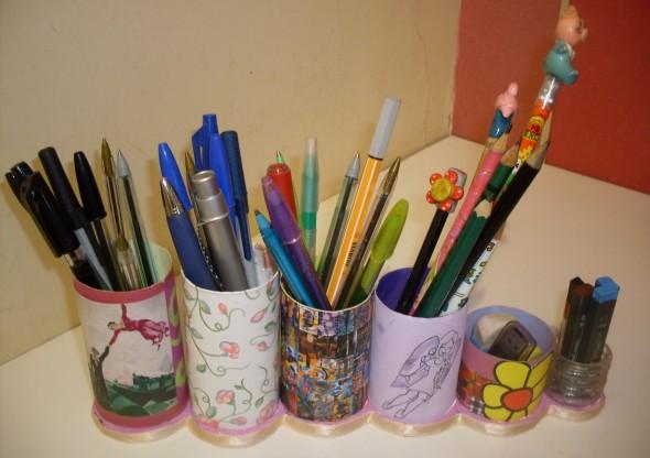 Porta canetas de material reciclado 002