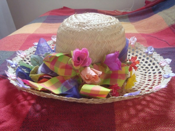 Como decorar chapéu de palha para Festa Junina 009