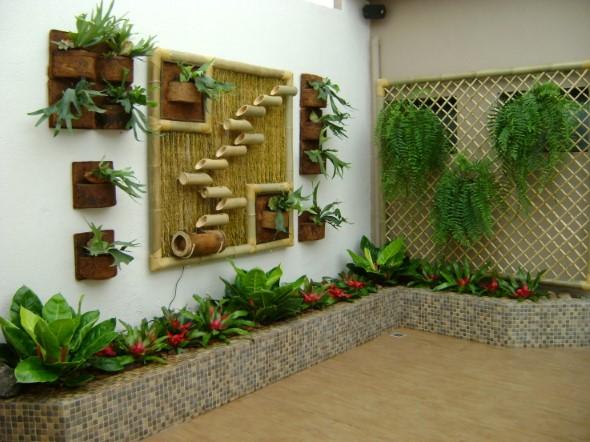 artesanato de bambu para jardim:bambu também são ótimas opções para pendurar vasos no jardim de
