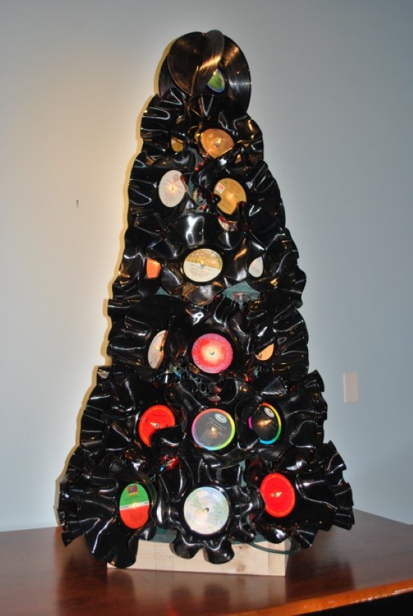 Árvore de Natal de material reciclado 001