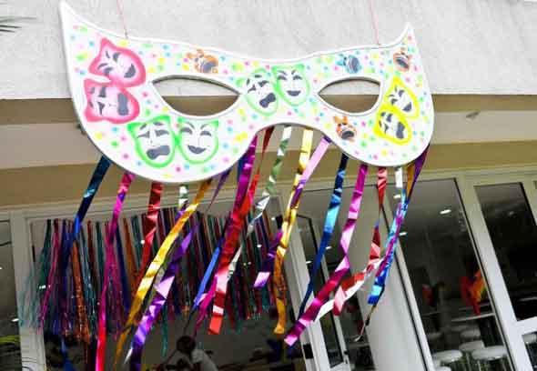 Enfeites artesanais para o Carnaval 003
