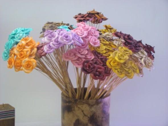 Como fazer flores com filtro de café 005