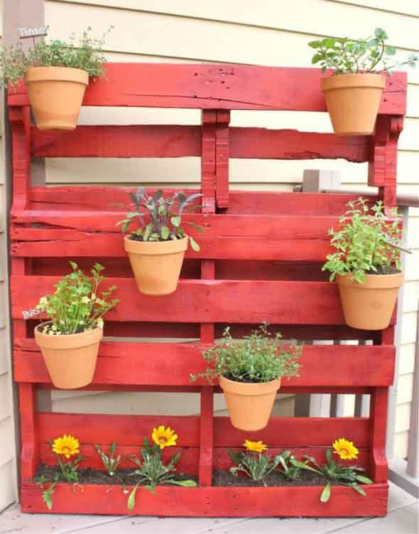 Paletes no seu jardim saiba como usar for Palets decoracion jardin