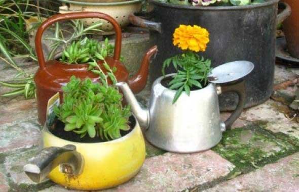 Transforme bules antigos em vasos charmosos 017