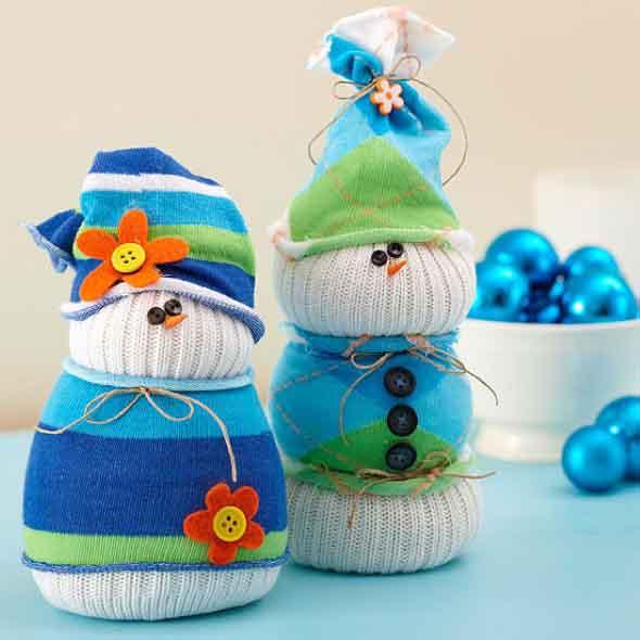 Como fazer um boneco com meias de algodão 014