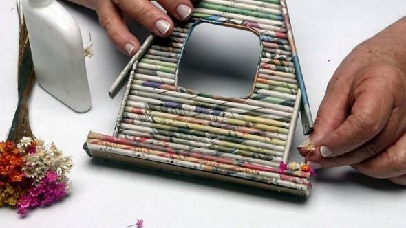 Jornais antigos – Como reciclar com artesanato 013