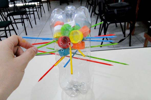 Maneiras criativas de arte com garrafas PET 018