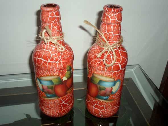 Decupagem em garrafas de vidro 013