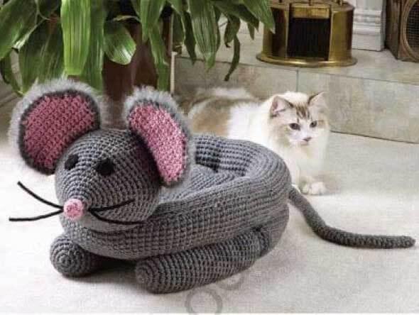 Aprenda a fazer uma cama artesanal para seu gatinho 004
