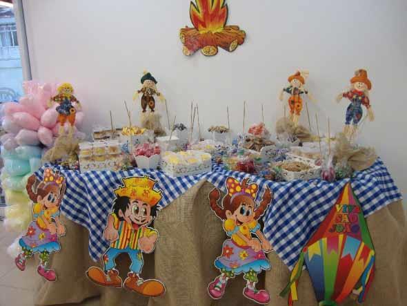 Aprenda a montar a decoraç u00e3o de Festa Junina -> Decoração De Festa Junina Para Escola