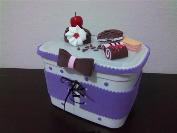 Como fazer um porta-treco com potes de sorvete 003