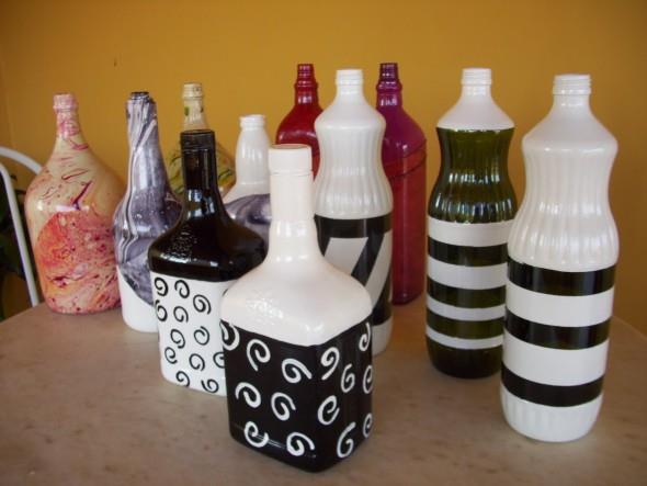 Pintura em garrafas de vidro com fita adesiva 004