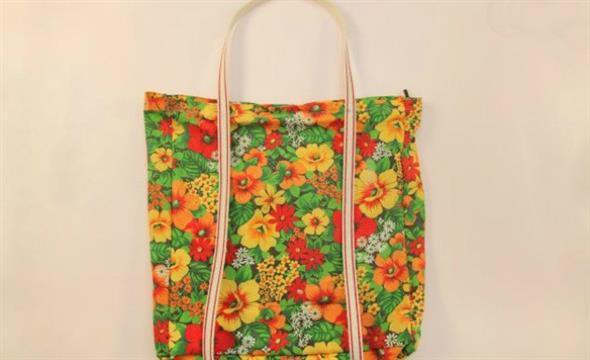 Bolsinha de tecido artesanal 001
