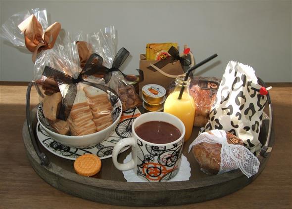 linda cesta de café da manhã 016