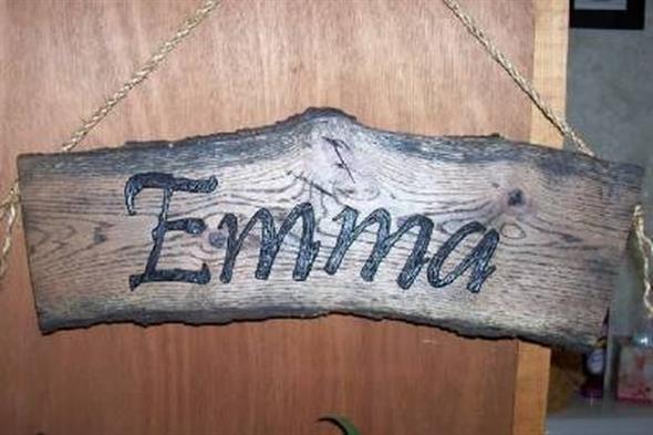 Como fazer uma plaquinha rústica de madeira 004