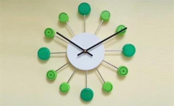 Relógio artesanal criativo 016