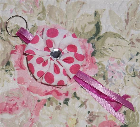Veja como fazer chaveiro de tecido 012