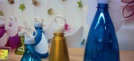 Maneiras criativas de artesanato com garrafinha de água mineral