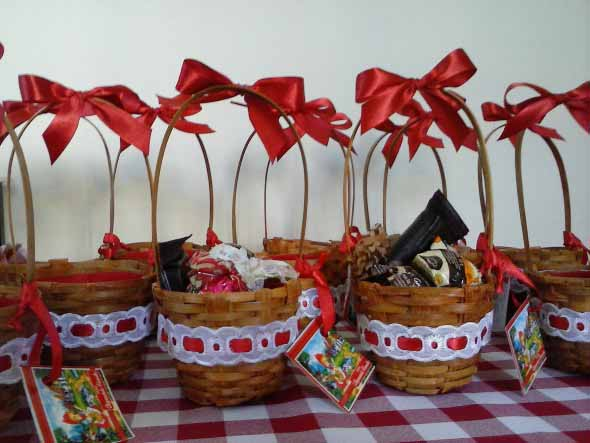 como-decorar-cestos-de-palha-001