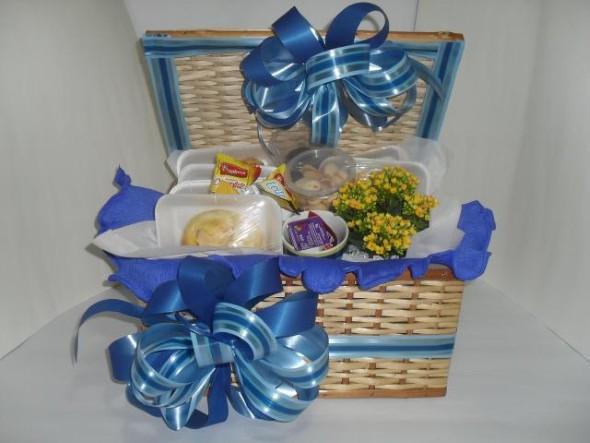 como-decorar-cestos-de-palha-006