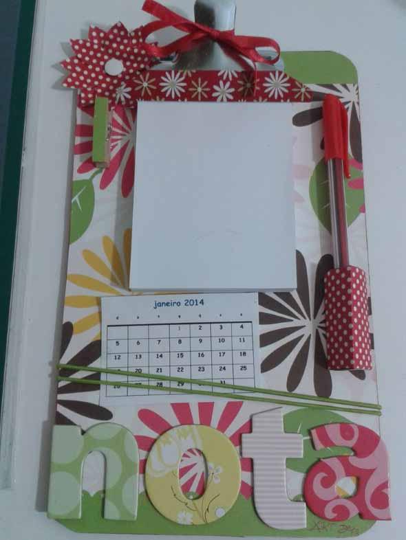 como-decorar-uma-prancheta-de-forma-artesanal-001