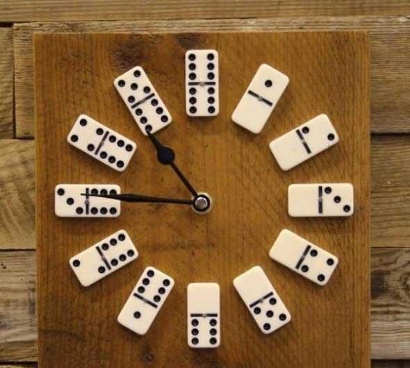 616e598c4fa Alguns destes modelos de relógios artesanais são criados apenas para dar um  charme no ambiente