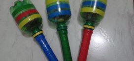 Chocalho de garrafa pet para criançada brincar carnaval