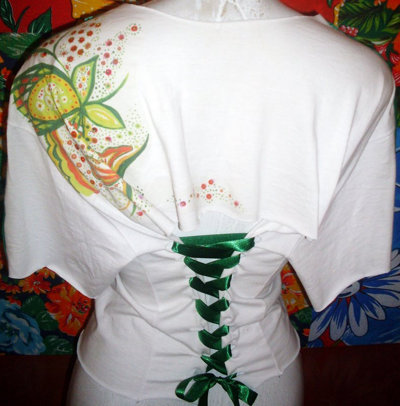 Como customizar camisetas 3